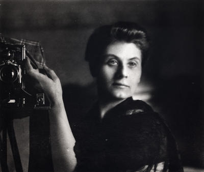 Chansonetta Stanley Emmons, Self-Portrait