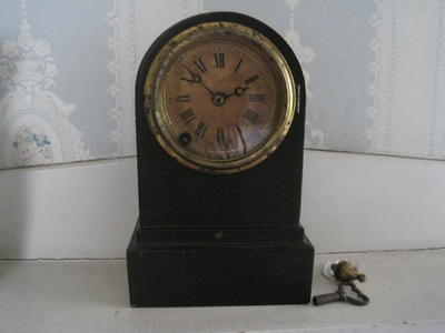 Wooden Mantel Clock