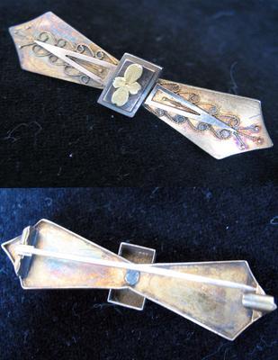 Gold Bow Shaped Bar Pin
