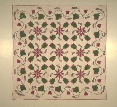 Poinsettia Quilt