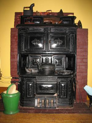 Walker's Range No. 6 Cast Iron Stove